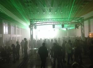 Traverse_traversenkreis_mieten_technik_event_festival_Party_showlicht